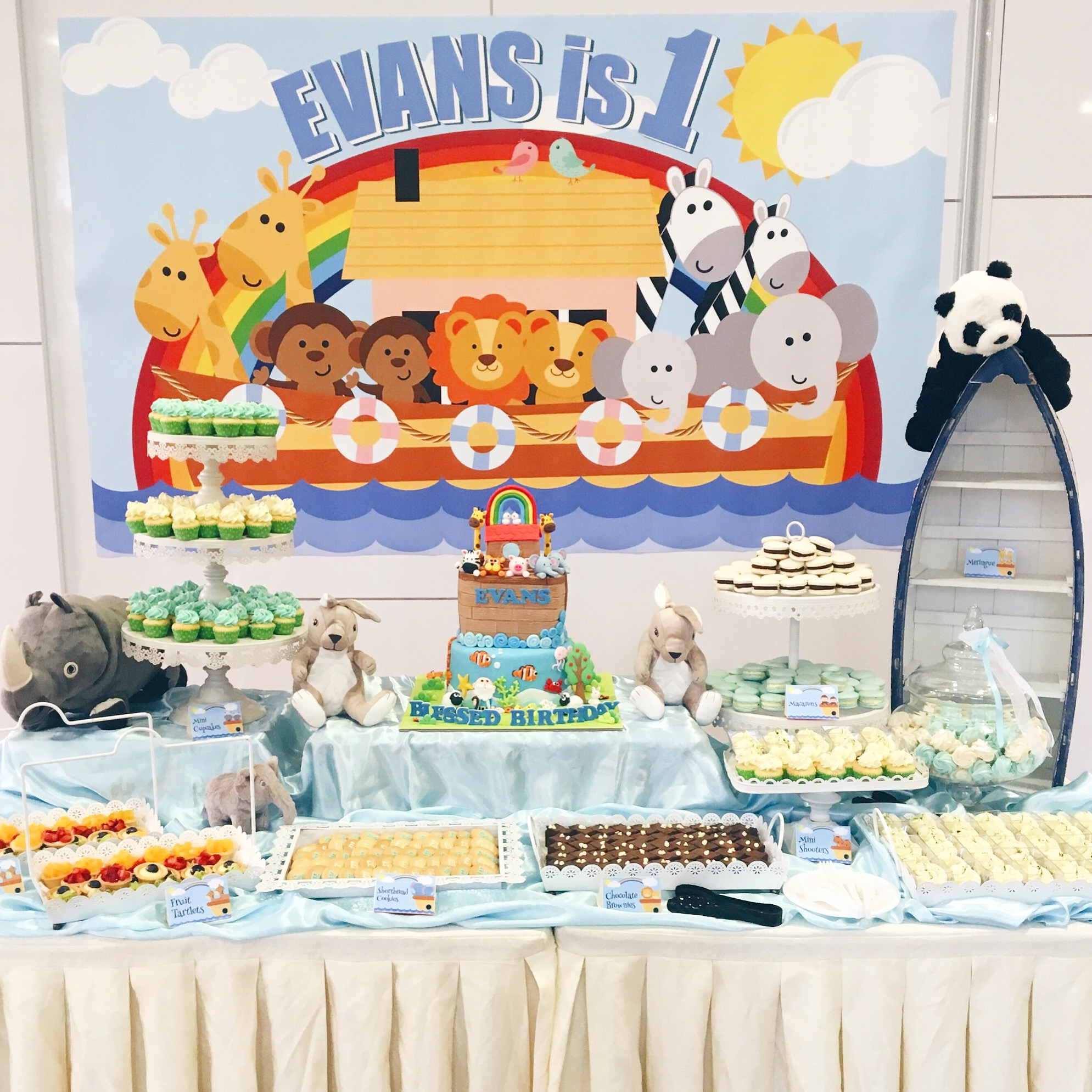 Noah's Ark Themed Dessert Table